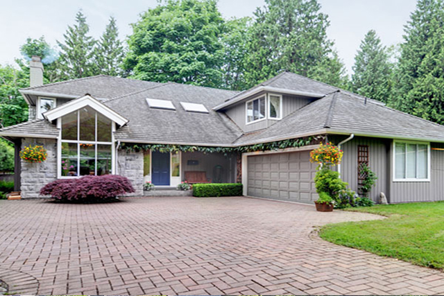 SOLD- 4315 Morgan Crescent
