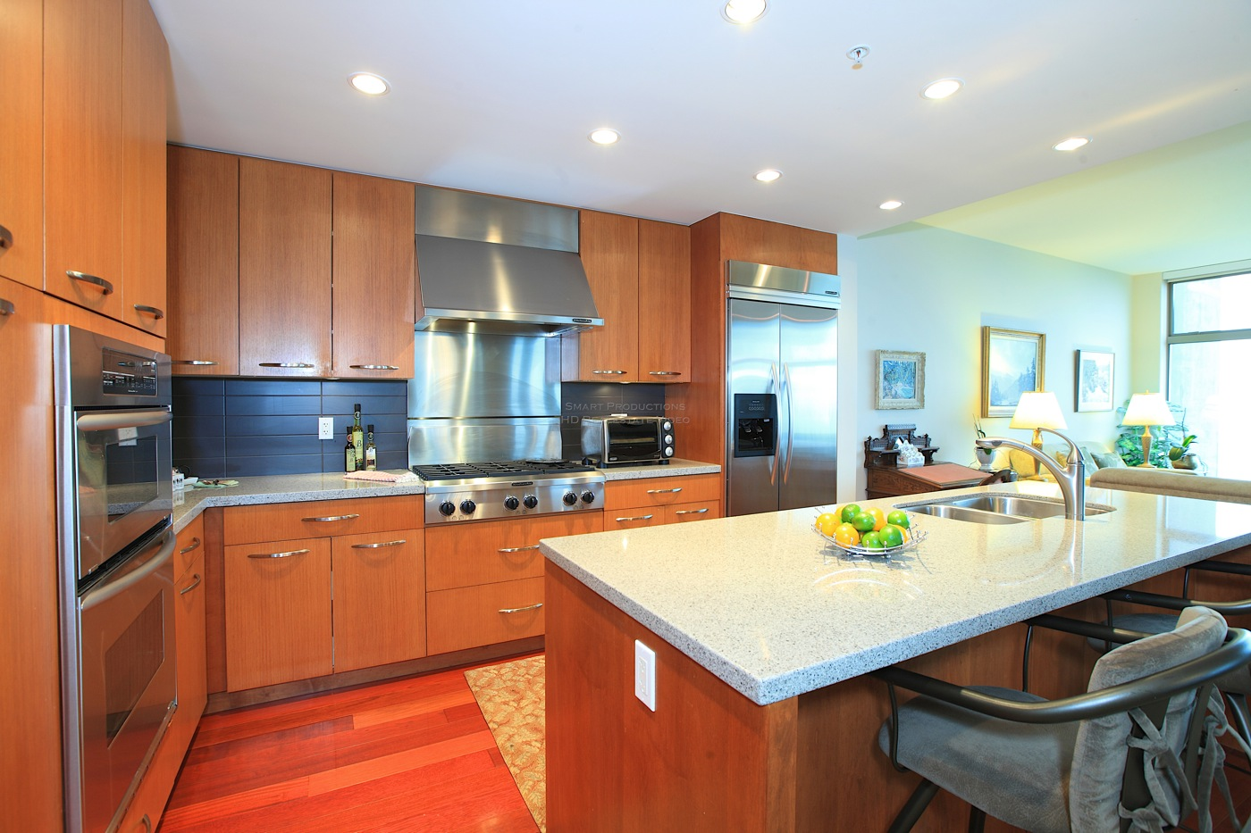 Listing Image of 1303 - 3335 Cypress Pl
