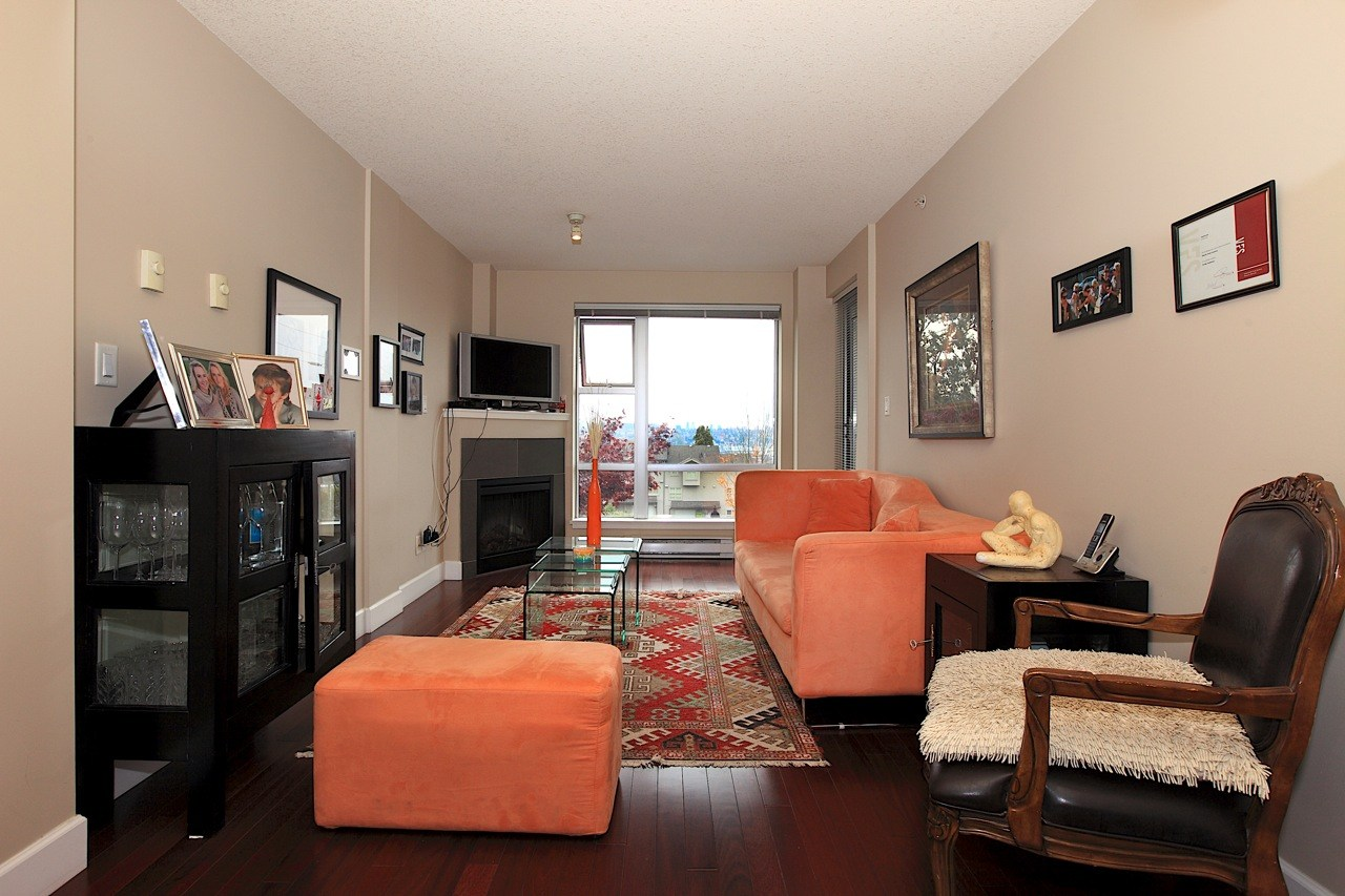 Listing Image of 204 3811 E Hastings Street