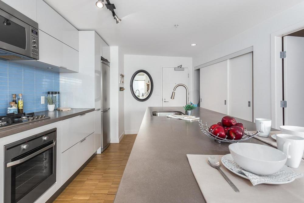 Listing Image of 2706 108 West Cordova Street