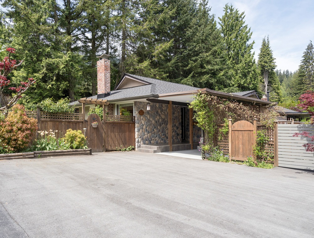 SOLD- 32 Glenmore Drive