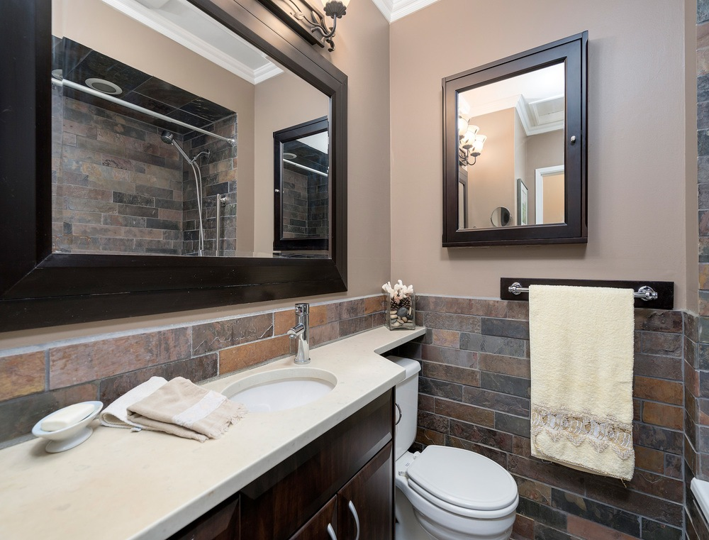 Listing Image of 32 Glenmore Drive
