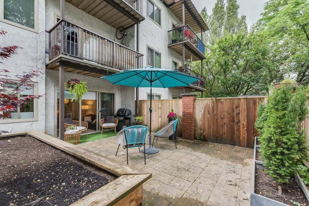 Listing Image of 105 - 225 3rd St W