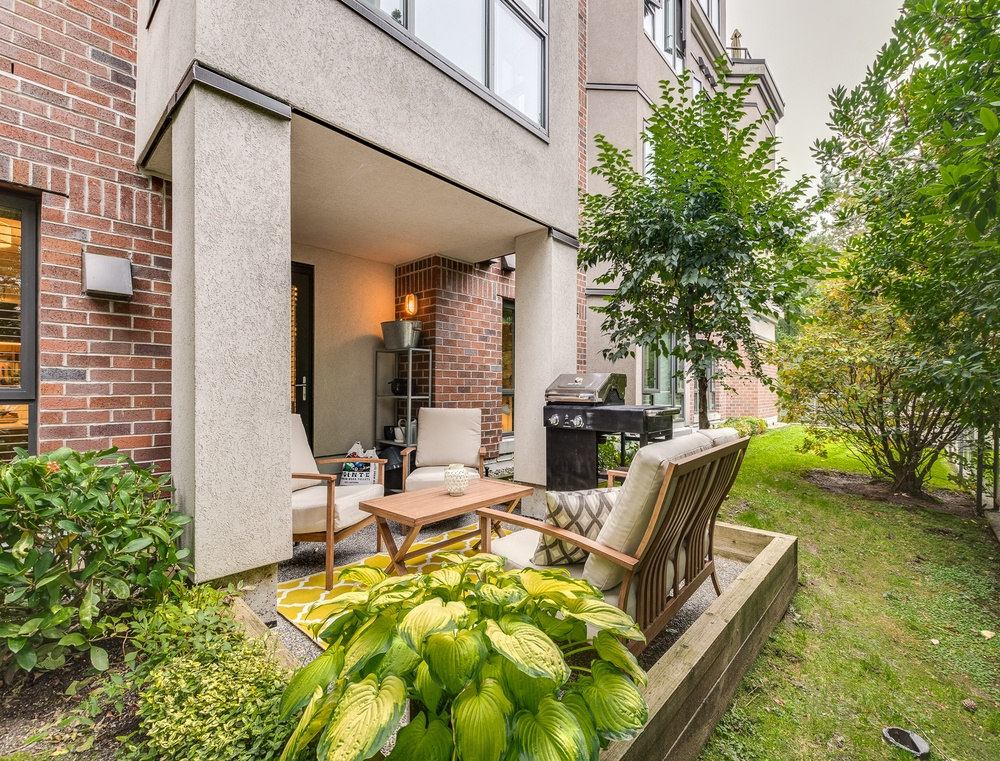 Listing Image of 110 175 E 10th St